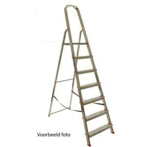 DoeHetZelf Outlet – Dronten-Veba-huishoudtrap 7 trede